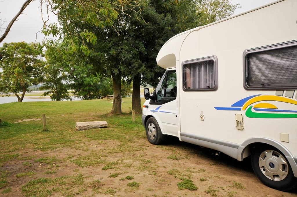 aire de camping car du port maillard aires de camping car en pays de la loire. Black Bedroom Furniture Sets. Home Design Ideas