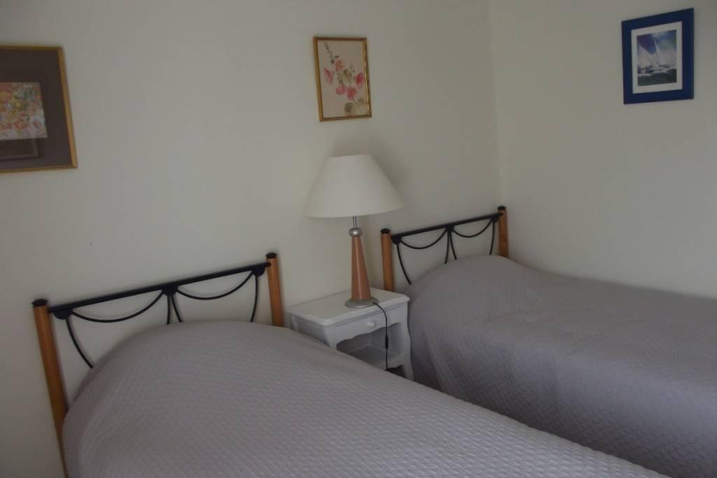 chambre la goelette sur l 39 ile de noirmoutier chambres d 39 h tes en pays de la loire. Black Bedroom Furniture Sets. Home Design Ideas