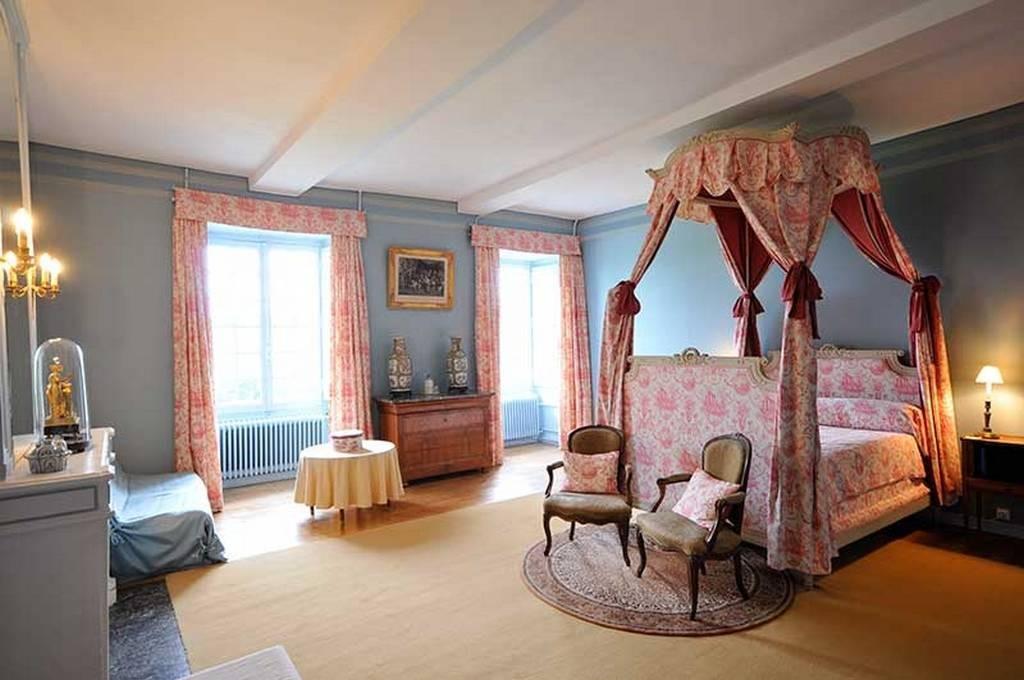 Chambre d 39 hotes manoir de ponsay superieure a baldaquin - Chambres d hotes brive la gaillarde ...