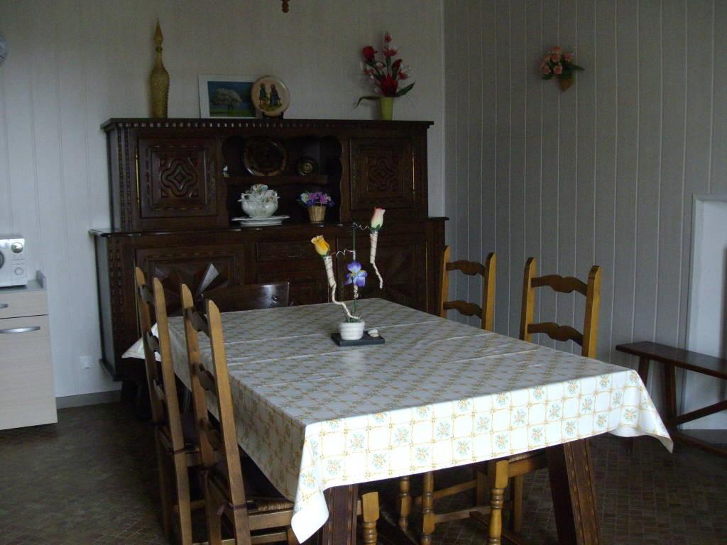 gite niort marc 4 pers g tes et locations de meubl s en pays de la loire. Black Bedroom Furniture Sets. Home Design Ideas