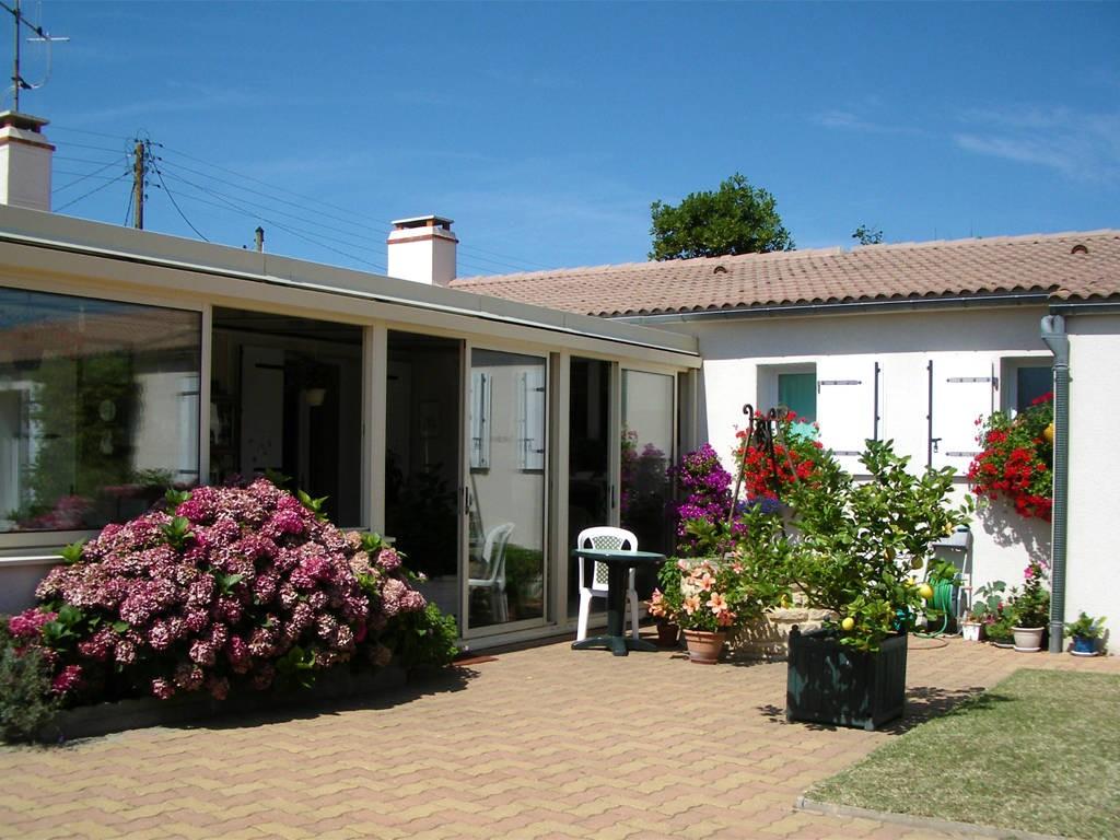 CHAMBRE D HOTES CALME ET FLEURIE Chambres d H´tes en Pays de la Loire
