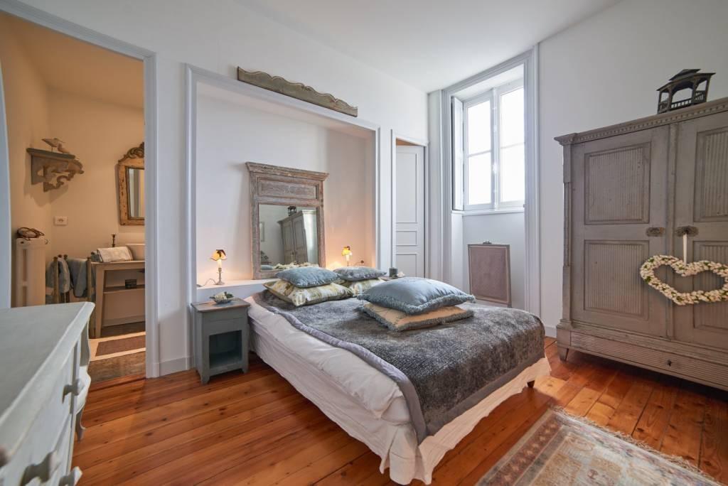Chambres d 39 hotes le celadon chambre perle chambres d - Chambre d hote a rome centre ville ...