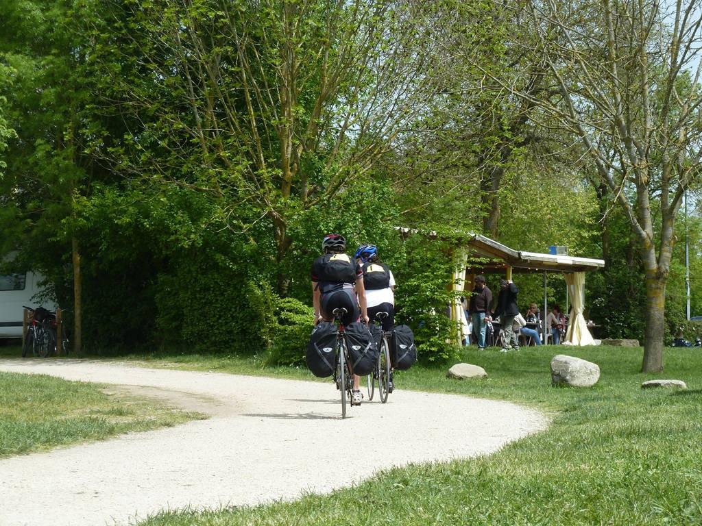 Couleur De Pierre Chalonnes Sur Loire la loire a velo (bouchemaine - chalonnes-sur-loire): autour