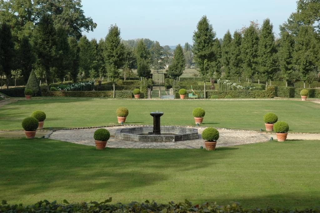 jardins du chateau de gastines parcs et jardins en pays de la loire. Black Bedroom Furniture Sets. Home Design Ideas