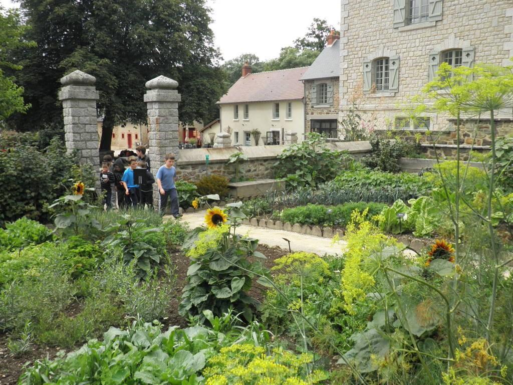 Les Plus Beaux Parcs Et Jardins En Vende