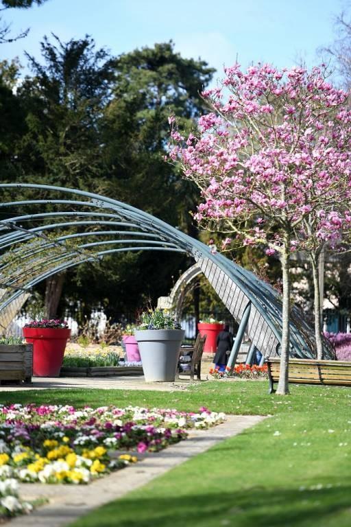 LE JARDIN DES PLANTES: Parcs et jardins France, Pays de la ...