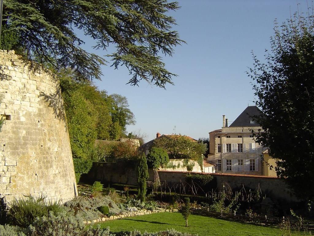 Japonais Val De Fontenay parc baron: parcs et jardins france, pays de la loire