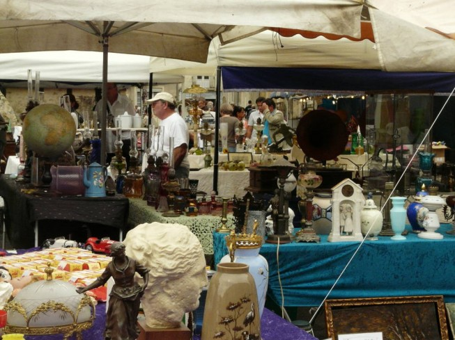 BROCANTE INTERNATIONALE DE DURTAL