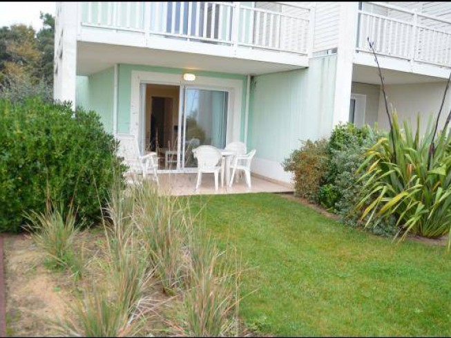 APPARTEMENT AVEC ACCES DIRECT A LA PISCINE PRES DES SABLES D'OLONNE