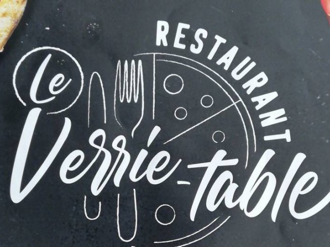 LE VERRIE-TABLE