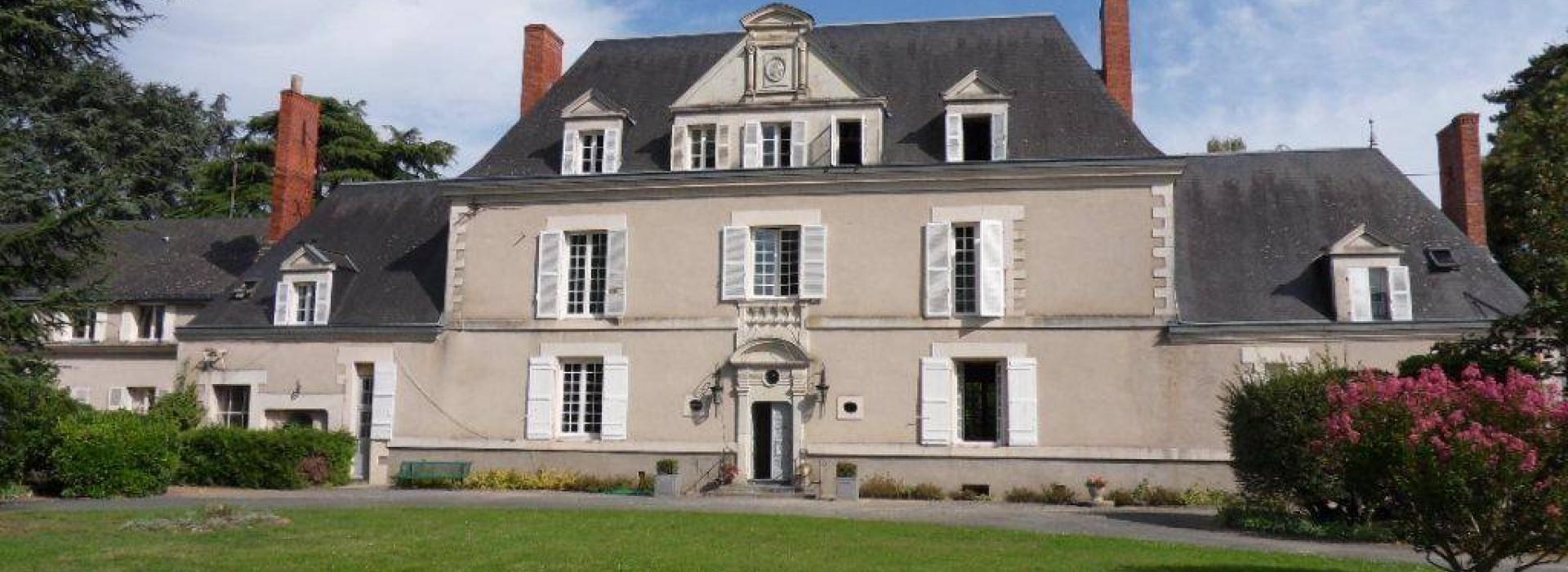 Le chateau de la roche tinard chambres d 39 h tes en pays de la loire - Chambre d hote chateau de la loire ...