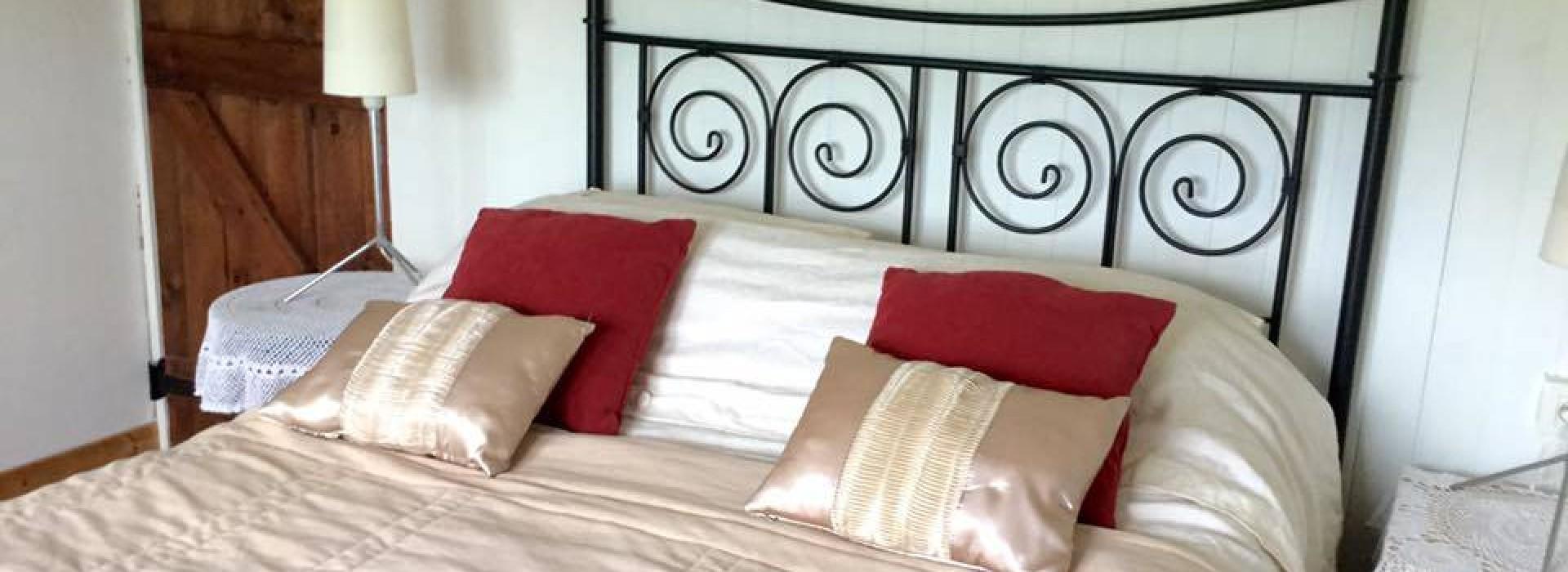 CHAMBRE D'HOTES BIKER FRIENDLY - N1: Chambres d'Hôtes en Pays de la on