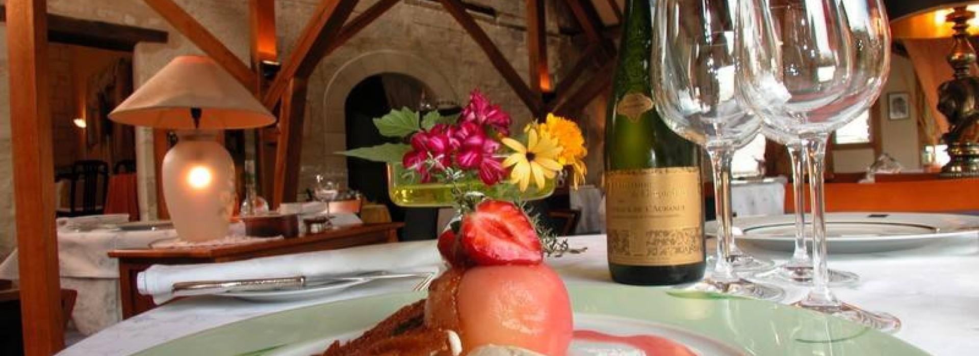 LES MENESTRELS: Restaurants en Pays de la Loire