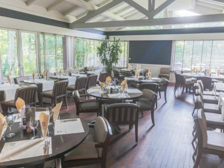 restaurant du golf de nantes restaurants en pays de la loire. Black Bedroom Furniture Sets. Home Design Ideas