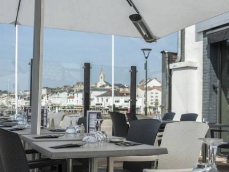 cafe du port restaurants en pays de la loire. Black Bedroom Furniture Sets. Home Design Ideas